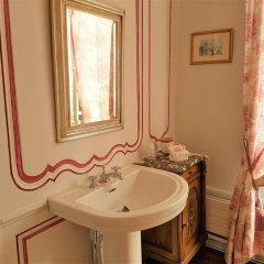 Отель Château De Beaulieu Сомюр ванная