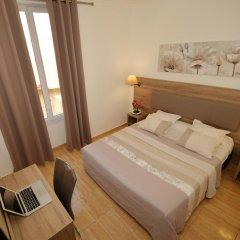 Hotel Parisien 2* Стандартный номер с двуспальной кроватью