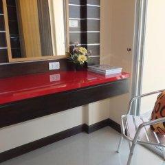 Dengba Hostel Phuket Улучшенный номер с различными типами кроватей фото 16
