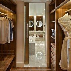 Отель Waldorf Astoria Dubai Palm Jumeirah 5* Улучшенный номер с различными типами кроватей фото 7