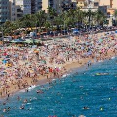Отель Playa Sol Costa Brava Испания, Льорет-де-Мар - отзывы, цены и фото номеров - забронировать отель Playa Sol Costa Brava онлайн пляж