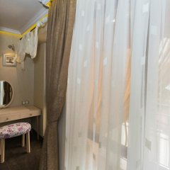 Отель 8 1/2 Art Guest House ванная