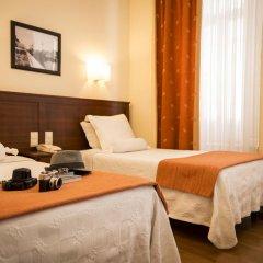 Отель Aliados 3* Номер категории Эконом с двуспальной кроватью фото 9