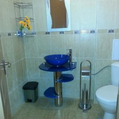 Отель Guest House Real Болгария, Свети Влас - отзывы, цены и фото номеров - забронировать отель Guest House Real онлайн ванная фото 2