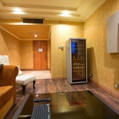 Victoria Crown Plaza Hotel 4* Люкс повышенной комфортности фото 5