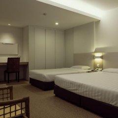 VIP Hotel 2* Улучшенный номер с двуспальной кроватью фото 6