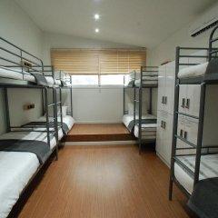 Отель YE'4 Guesthouse 2* Кровать в женском общем номере с двухъярусной кроватью фото 3