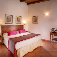 Отель Albergo Del Sole Al Biscione 3* Номер категории Эконом с различными типами кроватей фото 2