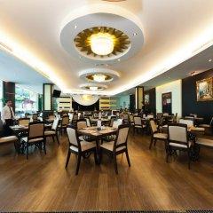 The Hanoi Club Hotel & Lake Palais Residences питание фото 6