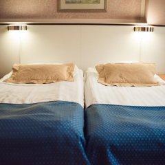 Arthur Hotel 3* Улучшенный номер с 2 отдельными кроватями фото 2