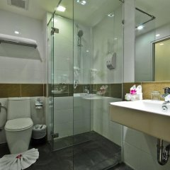 The ASHLEE Plaza Patong Hotel & Spa 4* Улучшенный номер с различными типами кроватей фото 4