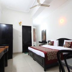 Hotel Citi Continental 3* Номер Делюкс с различными типами кроватей фото 2