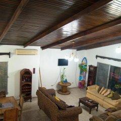 Отель La Hamaca Hostel Гондурас, Сан-Педро-Сула - отзывы, цены и фото номеров - забронировать отель La Hamaca Hostel онлайн интерьер отеля
