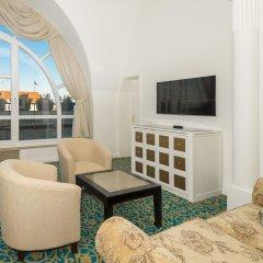 Отель Savoy 5* Улучшенный номер с двуспальной кроватью фото 9