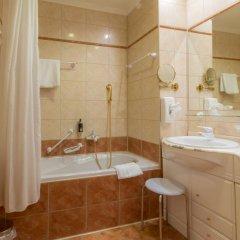 Отель Danubius Health Spa Resort Hvězda-Imperial-Neapol 4* Улучшенный номер с двуспальной кроватью фото 3