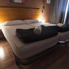 Отель Break N Bed комната для гостей