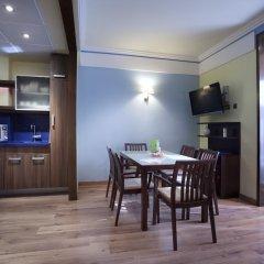 Отель Suites Gran Via 44 Apartahotel 4* Люкс с различными типами кроватей фото 3