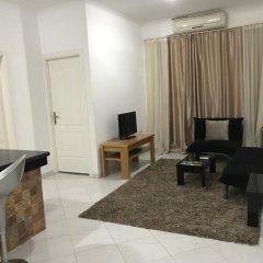 Апартаменты Regency Towers Apartments комната для гостей фото 5