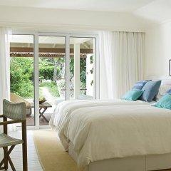 Отель Holiday Inn Resort Kandooma Maldives 4* Стандартный номер с двуспальной кроватью