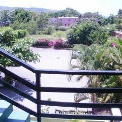 Pineapple Court Hotel балкон