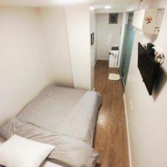 Отель 24 Guesthouse Myeongdong Center 2* Номер категории Эконом с различными типами кроватей фото 8