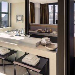NH Collection Amsterdam Grand Hotel Krasnapolsky 5* Улучшенный номер с двуспальной кроватью фото 6