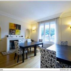 Отель La Villa Paris - B&B Франция, Париж - отзывы, цены и фото номеров - забронировать отель La Villa Paris - B&B онлайн комната для гостей фото 3