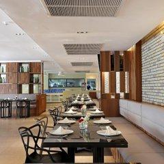 S Ratchada Leisure Hotel Бангкок питание фото 2
