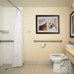 Отель Embassy Suites Los Angeles - International Airport/North США, Лос-Анджелес - отзывы, цены и фото номеров - забронировать отель Embassy Suites Los Angeles - International Airport/North онлайн ванная фото 2