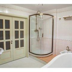 Hotel Chulan 3* Улучшенный номер с различными типами кроватей фото 3