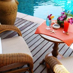 Sarita Chalet & Spa Hotel бассейн фото 3