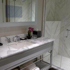 Отель The Manhattan Club США, Нью-Йорк - отзывы, цены и фото номеров - забронировать отель The Manhattan Club онлайн ванная фото 3
