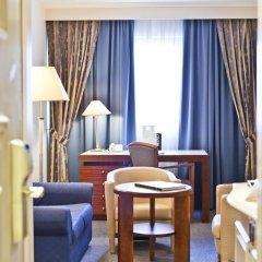 Отель Le Châtelain 5* Улучшенный номер с различными типами кроватей фото 6