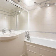 Отель Smart and Lovely ванная