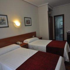 Отель Pension Alameda Испания, Сан-Себастьян - отзывы, цены и фото номеров - забронировать отель Pension Alameda онлайн комната для гостей