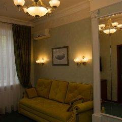 Гостиничный комплекс «Боровница» Семейный люкс с двуспальной кроватью фото 3