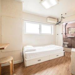 Хостел Itaewon Inn Стандартный номер с различными типами кроватей
