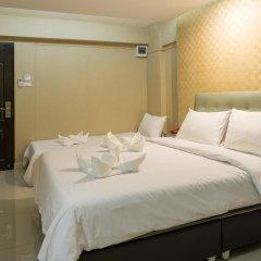 Отель NRC Residence Suvarnabhumi 3* Улучшенный номер с различными типами кроватей фото 5