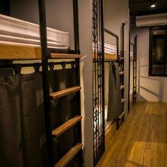 Silom Space Hostel Кровать в общем номере