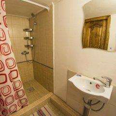 Гостиница VIP apartments V Dyunah Anapy в Анапе отзывы, цены и фото номеров - забронировать гостиницу VIP apartments V Dyunah Anapy онлайн Анапа ванная