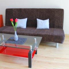 Апартаменты Sleepcity Apartments Катовице комната для гостей фото 4