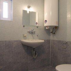 Отель Rai Guest House Шумен ванная