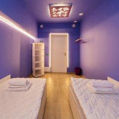 Гостиница HQ Hostelberry Стандартный номер с 2 отдельными кроватями (общая ванная комната) фото 5
