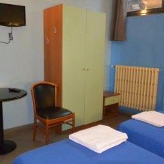 Hotel Mercurio 2* Стандартный номер с различными типами кроватей фото 5