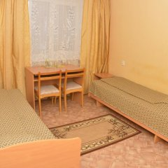 Гостиница Октябрьская Номер Эконом с 2 отдельными кроватями фото 2