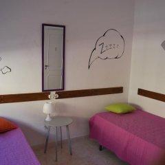 Alameda Hostel Стандартный номер с 2 отдельными кроватями (общая ванная комната) фото 4