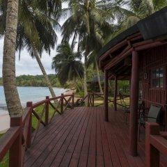 Отель Bom Bom Principe Island 4* Бунгало с различными типами кроватей фото 6