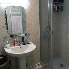 Отель Saryan Street and Mashtots blvd area Армения, Ереван - отзывы, цены и фото номеров - забронировать отель Saryan Street and Mashtots blvd area онлайн ванная