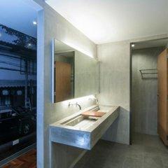 Siam Mitr Hostel Кровать в общем номере фото 7