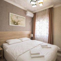 Гостевой Дом Лазурный Стандартный номер с двуспальной кроватью фото 2